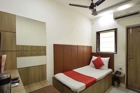 Executive Single AC Rooms In Alwar