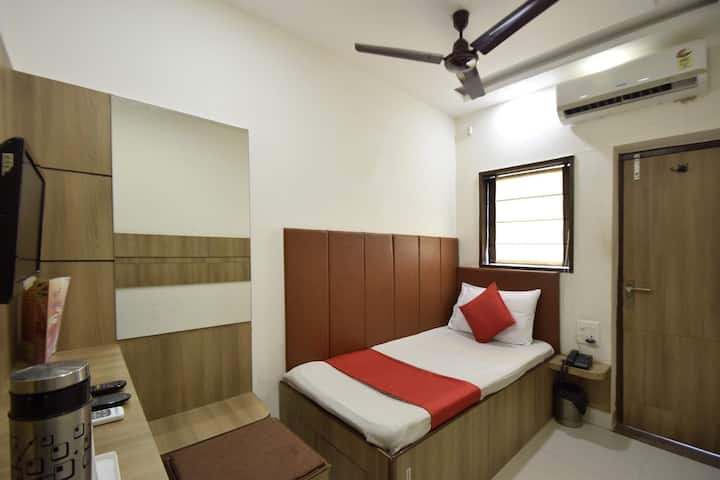 Executive Single AC Rooms In Alwar