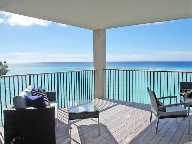 Beachfront Luxury on the Water, Ocean Reef #303