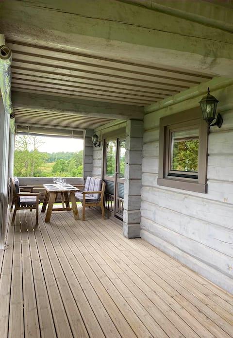 Take a Break @Stunning Lake Side Country House