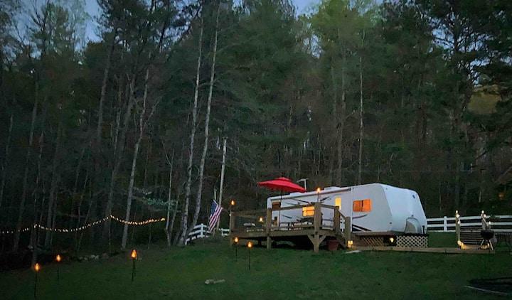 Glamping Escape! Creekside North GA. Mountains
