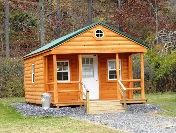 Deluxe Camping Cabin with full bath
