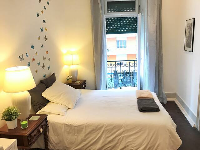 NEW! With balcony! Charming flat & great location! - Lisboa - Lejlighed