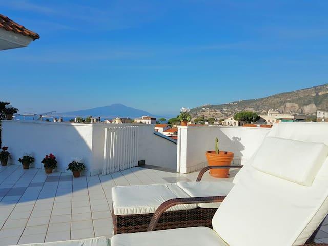 Terrazza a due passi dal mare - Sant'Agnello - Apartment