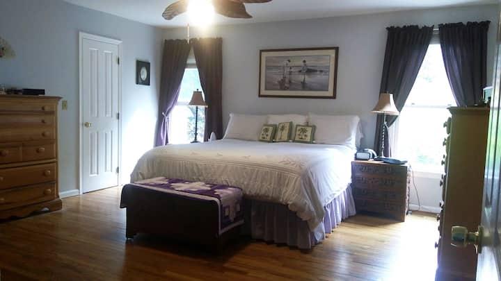 Private 3+ Bedroom Ranch Home Near Quantico