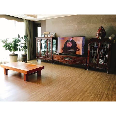 군산의 중심가 위치 교통 및 주변환경이 좋은 숙소예요 :) - 군산시 - Appartement