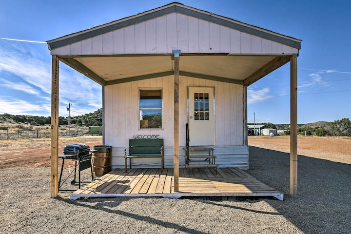 NEW! 2BR Santa Rosa Home w/Views - Near Blue Hole!
