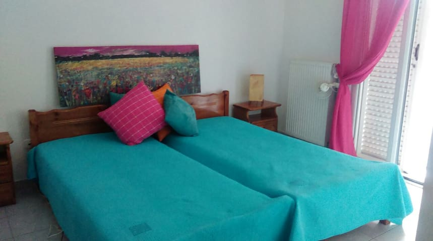 Cute apartment, centrally based in Lixouri - Lixouri - Apartment