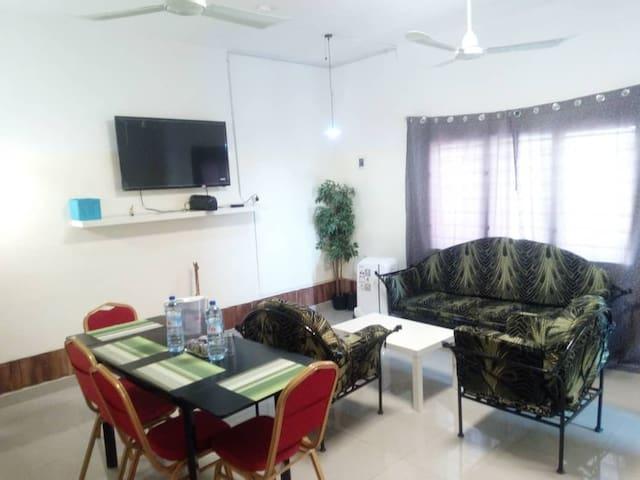 Feel Well Guest House Parakou