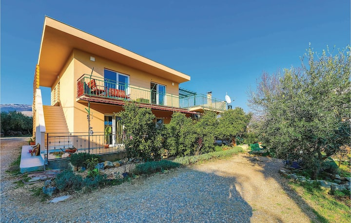 Nice home in Kastel Novi with WiFi and 1 Bedrooms
