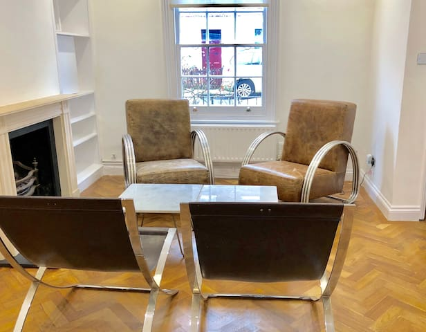 3 Bedroom Camden Art House - Perfect English Stay