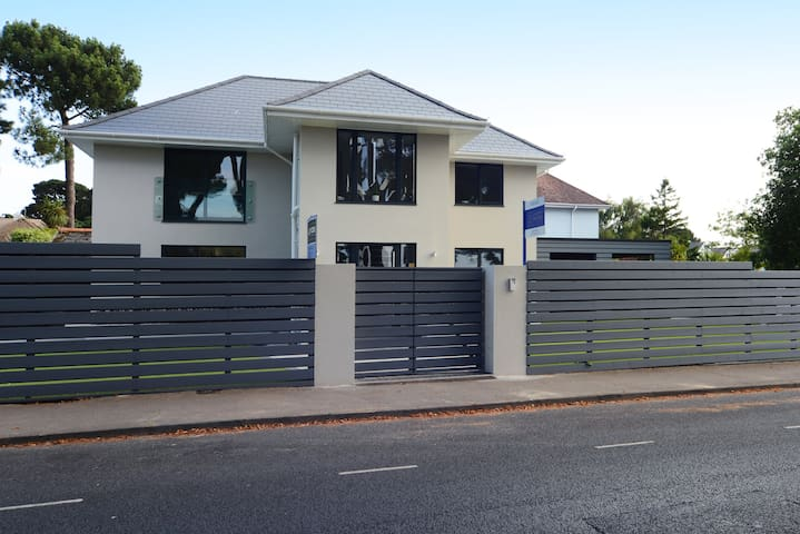 Brand NEW panorama road Sandbanks, Beach House.