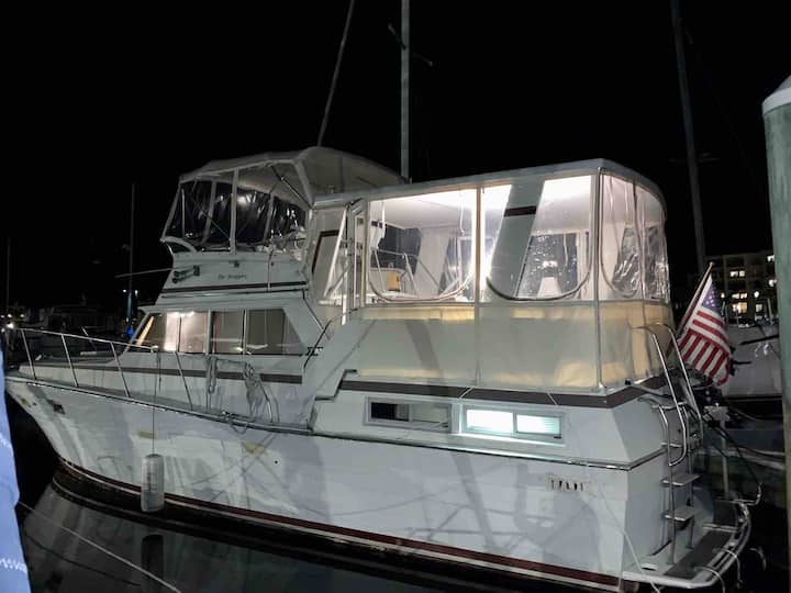 GetawaVe  and stay on Vintage Viking Yacht in HHI