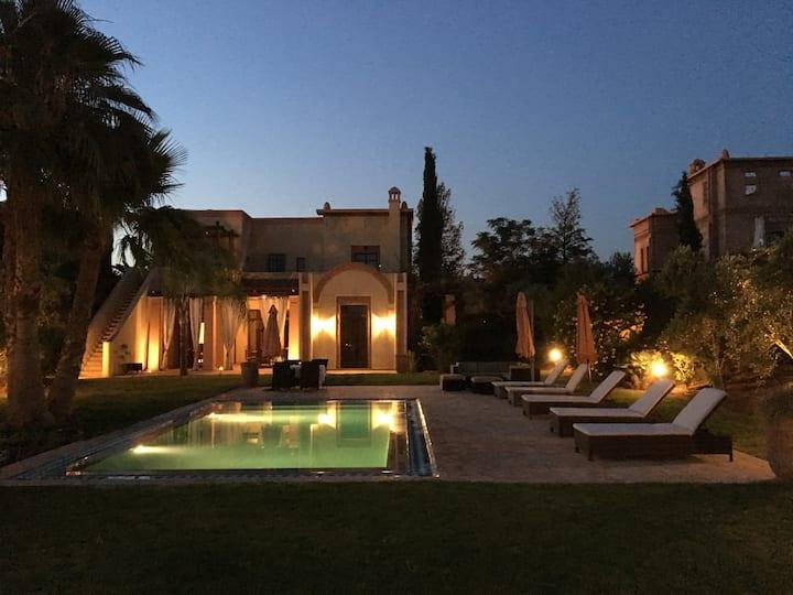 villa entière marrakech dans résidence