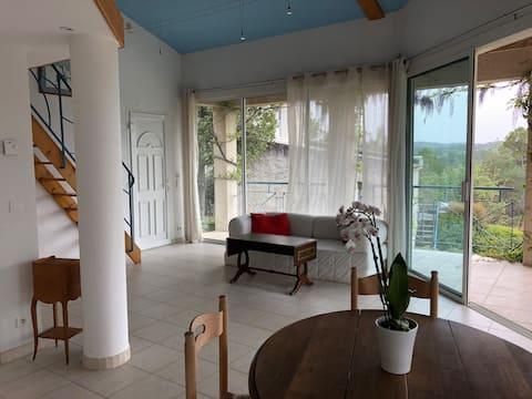 Ferienwohnung für 2-3 Pers - 65m2 -Terrasse - Pool