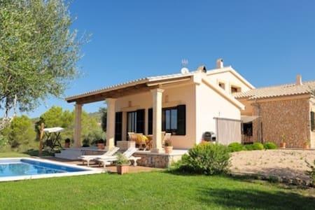 Villa mediterranea con encanto. - Palma - Huvila