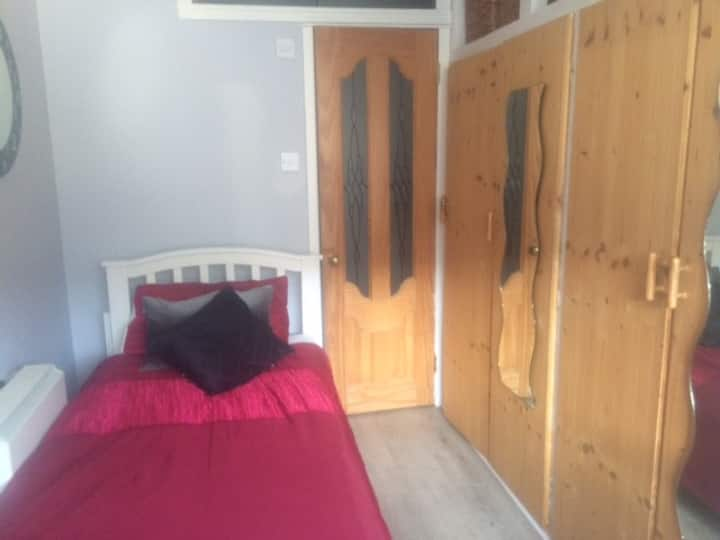 En suite single in South County Dublin