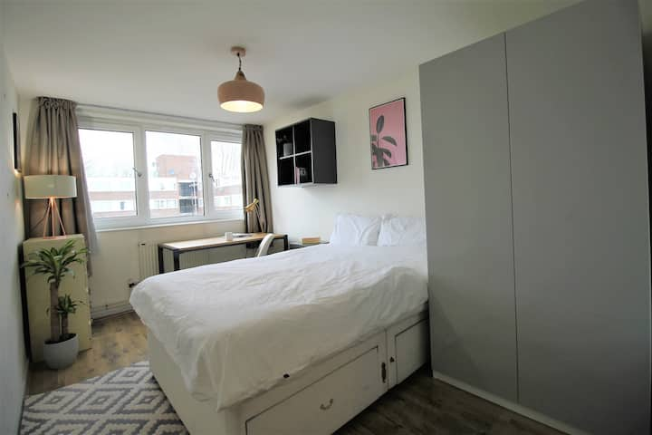 Islington Co-living apartment