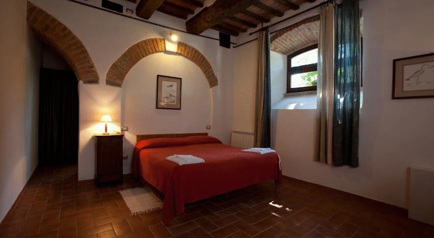 Villa Fassia Camera Matrimoniale o camera tripla - Gubbio - Bed & Breakfast