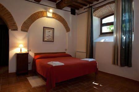 Villa Fassia Camera Matrimoniale - Gubbio