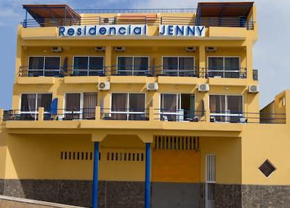 Residencial Jenny - Mindelo - Bed & Breakfast