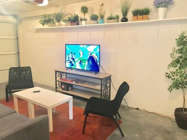 Beautiful private Sunnyvale room