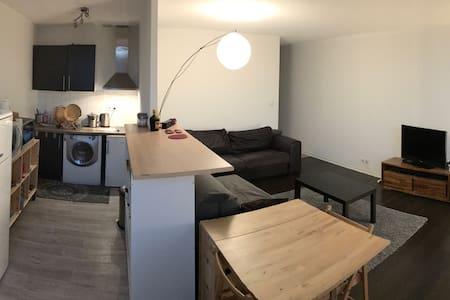 Appartement Place Gambetta - Bordeaux - Appartamento