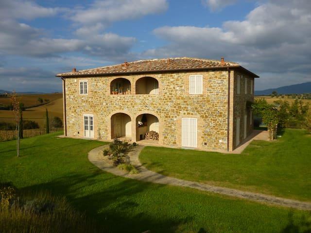 Casa di Charme, Pergolato e Piscina - Province of Arezzo - Flat