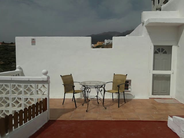 "Casa ""Maye""-La Cisnera,Arico"