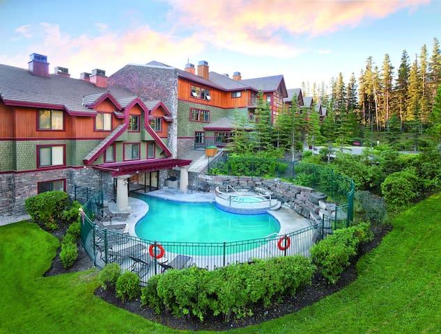 Canmore, Alberta Canada, 1 Bedroom O #1