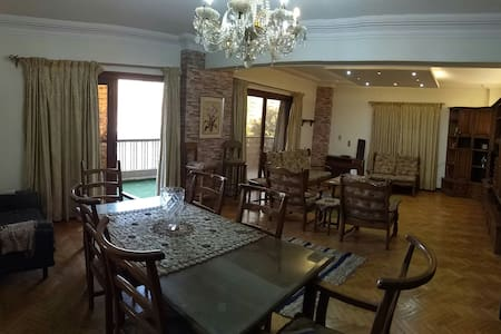 A comfy flat in Nasr City, 20 mins to the airport.