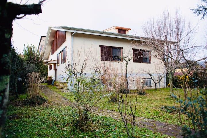 Villa su 3 livelli con giardino a Norma (LT)