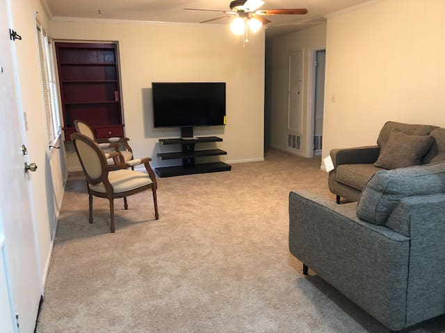 Great Ranch Style Home near Fort Benning