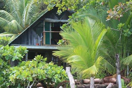 Beach house on the outskirts - Casa de campo
