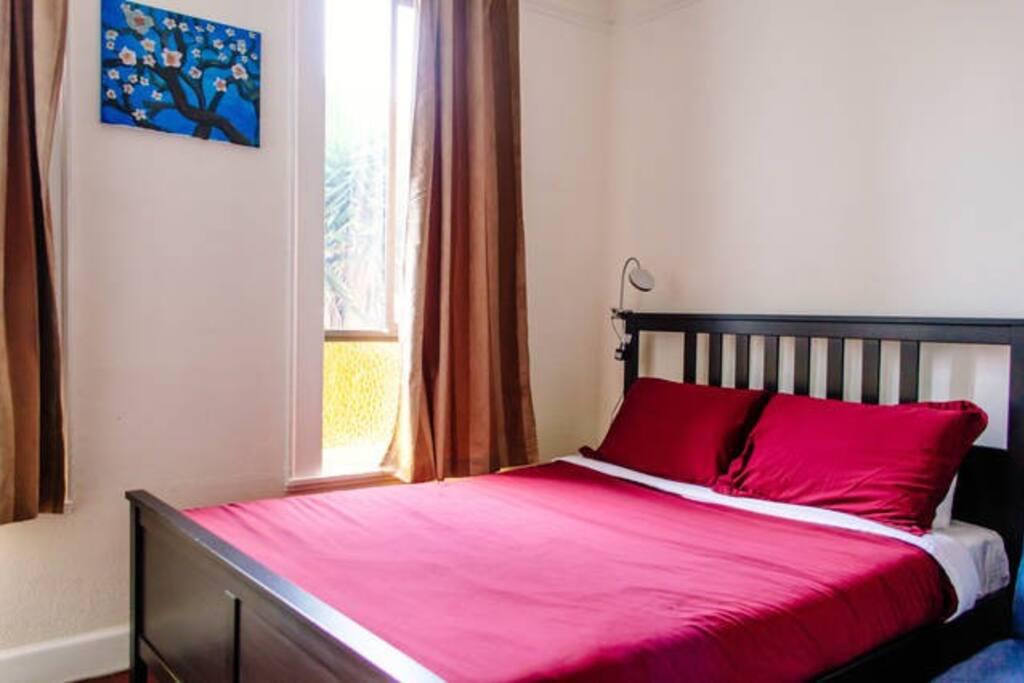 Queen size bed