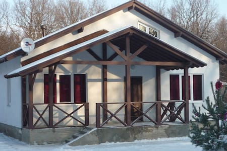 Large holiday cottage - Kanuevka