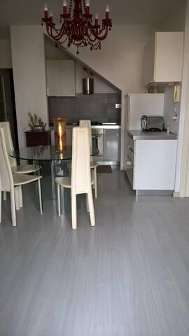Appartamento indipendente (MARE) vicino Senigallia