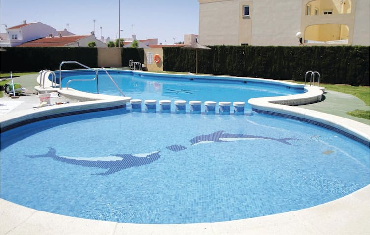 Holiday apartment with 2 bedrooms on 55 m² EBL554