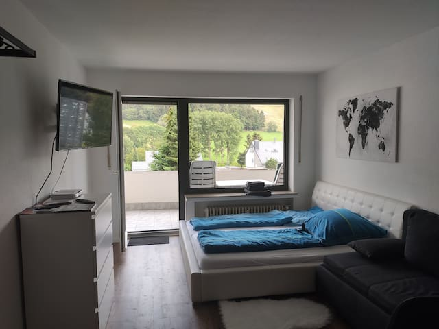Apartment mit Pool, Sauna und Netflix in Willingen
