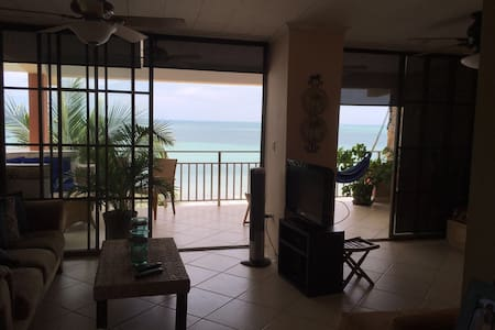 Spectacular beachfront view Coronad - Panamá - Appartement