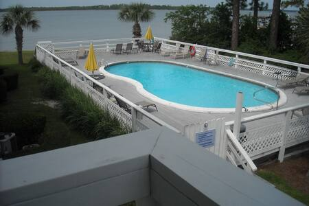 Condo 2Br/2Ba On Wolf Bay w/ pier for boat/fishing - オレンジ・ビーチ
