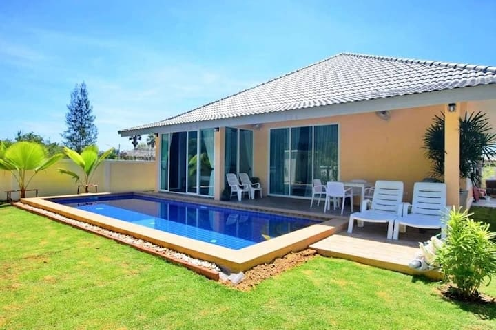 Cozy Pool Villa 3 bed rooms Hua Hin
