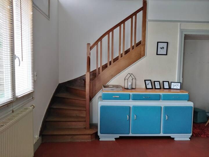 Maison cosy avec garage et jardin