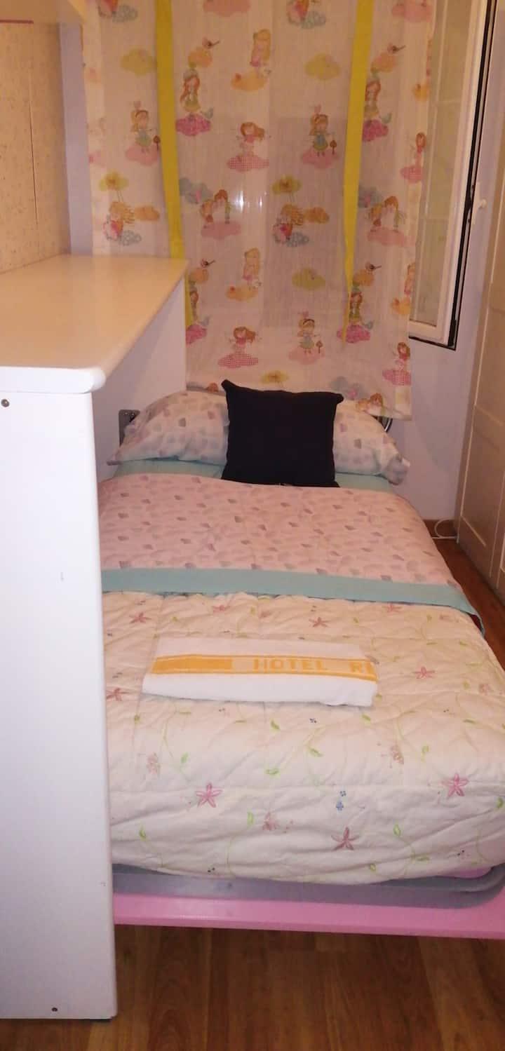 Habitación Individual para sentirse como en casa.