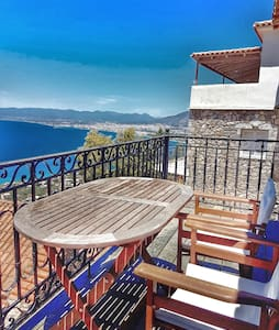 Traditional and cozy with a great view - Messinia  - Hus