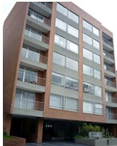 Habitación para una persona, exclusivo sector