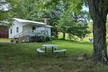 The Watercress Cottage at Buffalo Gap Retreat - now with outdoor fire pit and charcoal grill