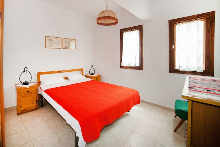 Cozy apartment near the beach - Ormos Panagias - Leilighet