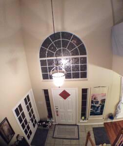 Pirvate Upstairs of Cozy,Quiet Home - Allen - Rumah