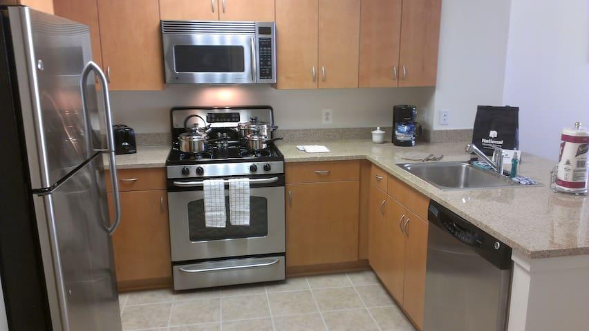Furnished Reston Apartment - Reston - Apartamento